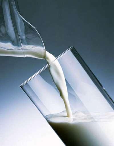 用牛奶洗衬衫