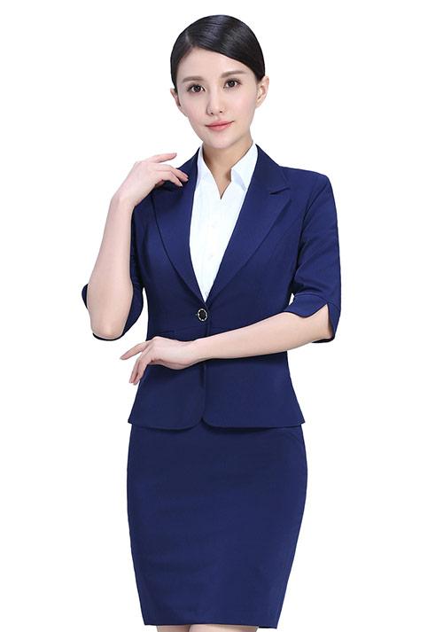 北京职业女装夏装设计的时候要注意什么