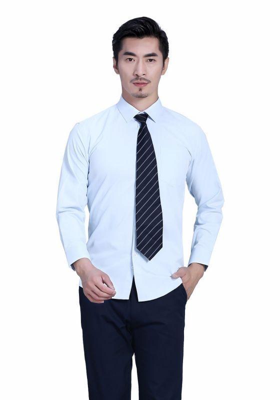 法式衬衫的不同袖扣搭配技巧