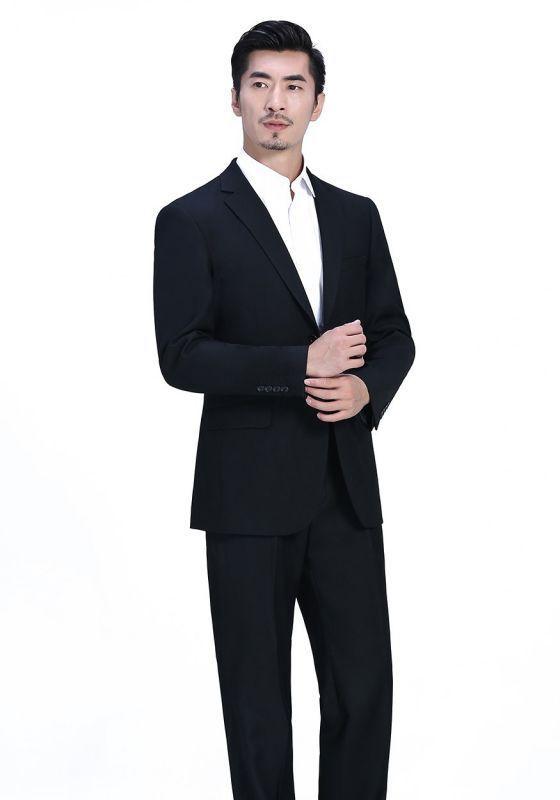 西装绅士风格的穿搭